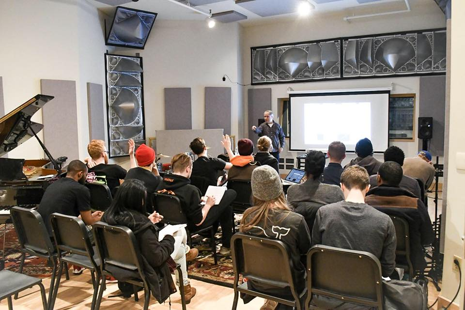 Tim Smith teaches a group of students at Soundscape Studio